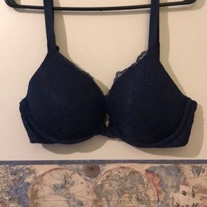 Super cute bra navy with lace
